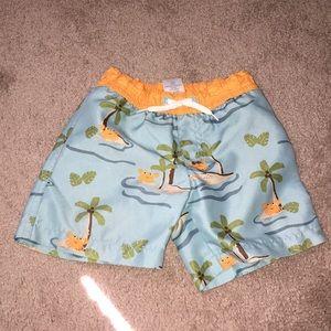 Little kids swim trunks🍄